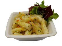 Spargelsalat weiss an Gemüsevinaigrette